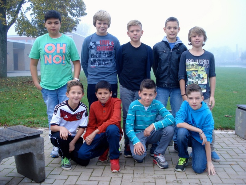 Fußballmannschaft der Jungen qualifiziert sich für Regional-Entscheid