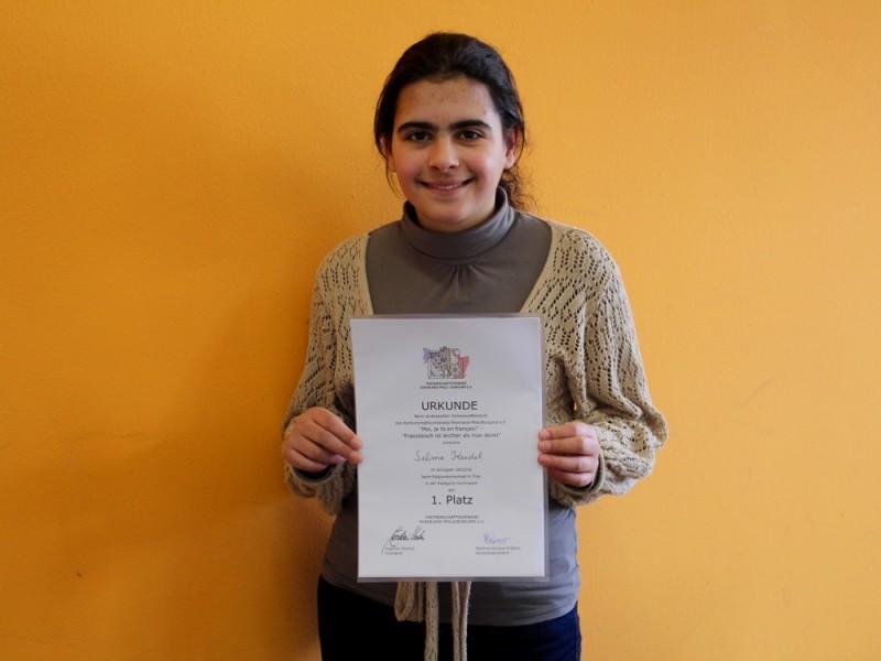 Erster Platz für Selma Keidel beim Vorlesewettbewerb Französisch in Trier