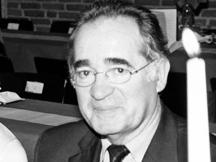 Schneider-1.jpg