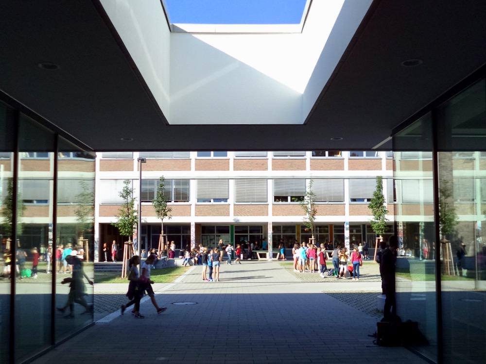 Schule_Info-1.jpg